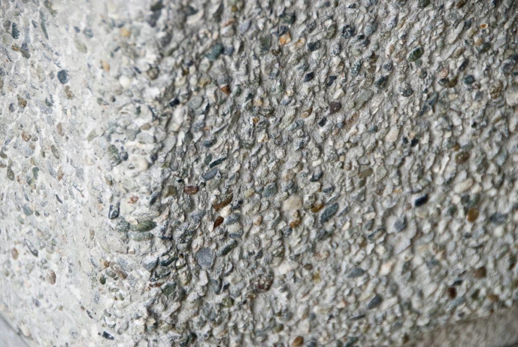 Acabados en las paredes con incrustaciones - Construyamos Juntos - Cementos Argos